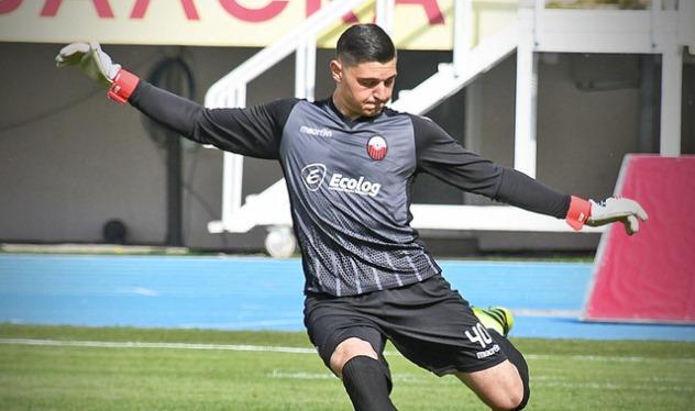 Bekim Rexhepi shkëlqeu në debutim me Shkëndijën, trajneri Osmani i kënaqur  me të (VIDEO) - infOSport